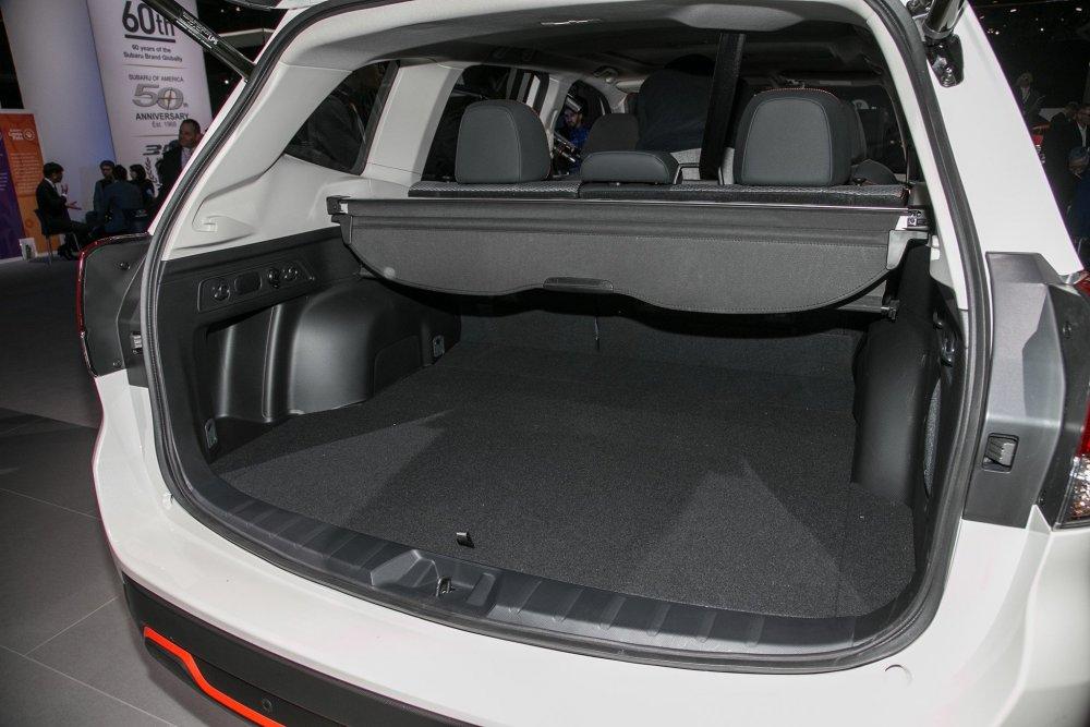2019-Subaru-Forester-2018-New-York-08.jpg
