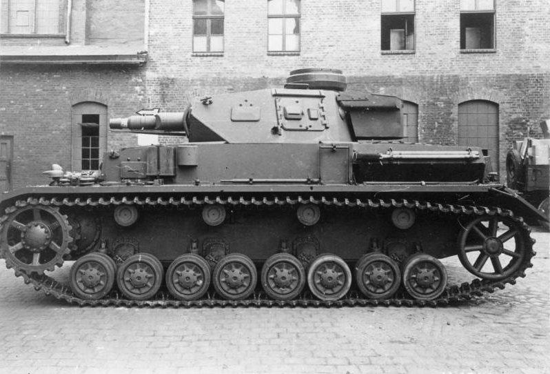 Bundesarchiv_Bild_146-1979Anh.-001-10,_Panzer_IV,_Ausf._F-1.jpg