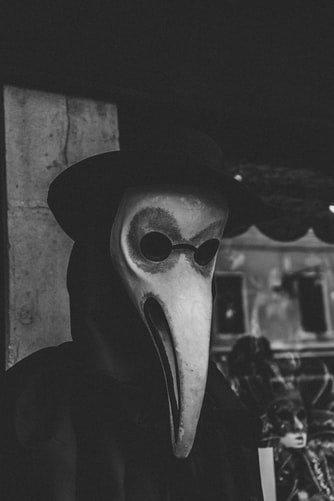Maska-dżuma.jpg